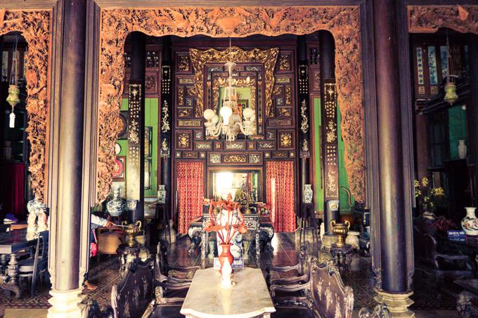 Can Tho City travel guide: Binh Thuy Ancient House