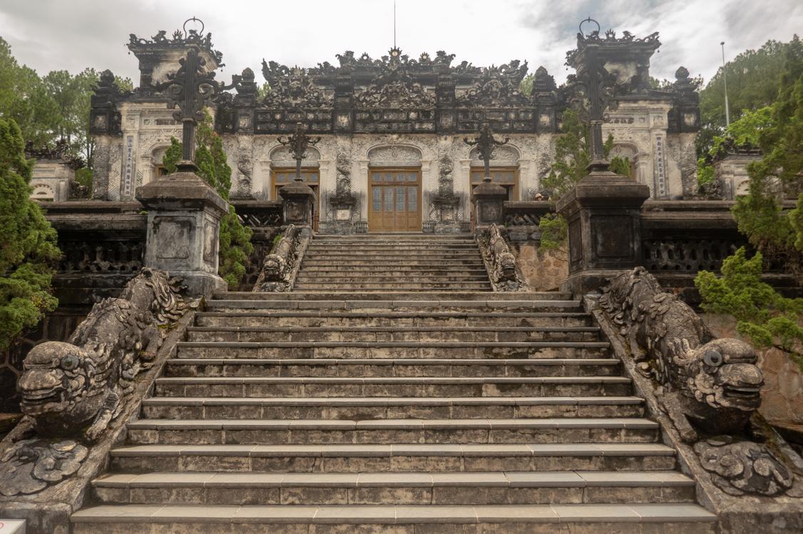 Best tombs in Hue